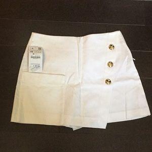 Women's Zara skort size xs *Brand new with tags*